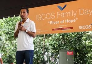 ISCOS-Family-Day-2014-1-1-715x498